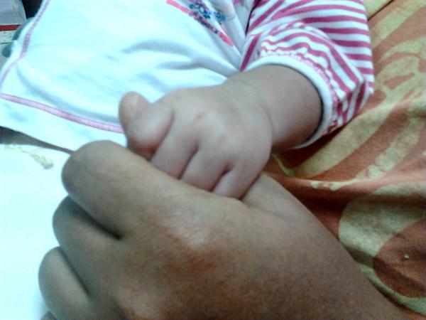 น้องแก้มหอม เด็กนมแม่ 100%